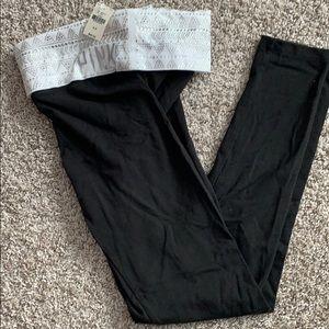 NWT PINK Yoga Leggings Sz Sm w/jeweled waistband
